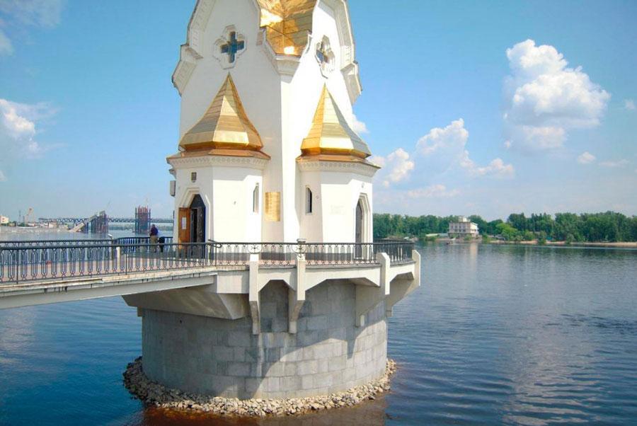 чтобы название храмов построенных на воде нужный